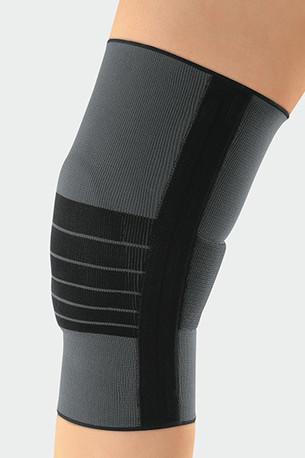 Knæ med JuzoFlex Genu 505 Comfort i farven Antracit