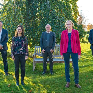 Prof. Dr. med. Markus Küntscher, Ines Nax, Dr. med. Bernd Hartmann, Dr. med. Mechthild Sinnig, Univ.-Prof. Dr. med. Frank Siemers.