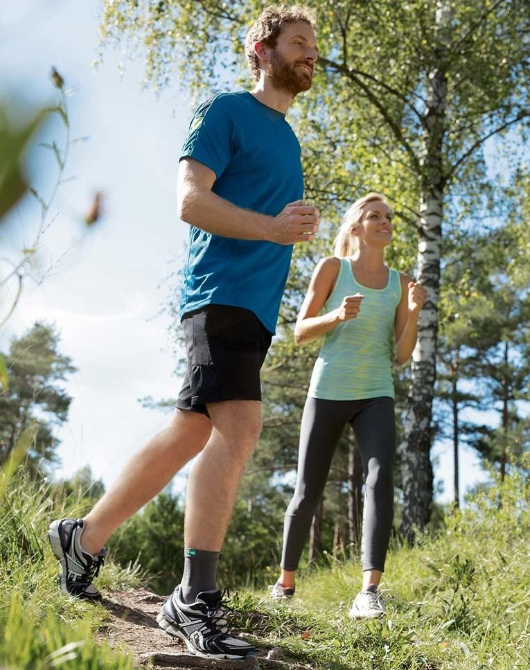 Pärchen beim joggen