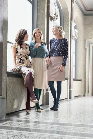 Women talking in the corridor