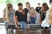 Schüler sortieren Aufgaben den Ausbildungsberufen zu