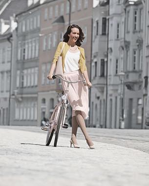 Woman wearing a Juzo Inspiration compression garment