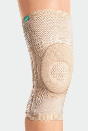 Knee with JuzoFlex Genu Xtra in colour Beige