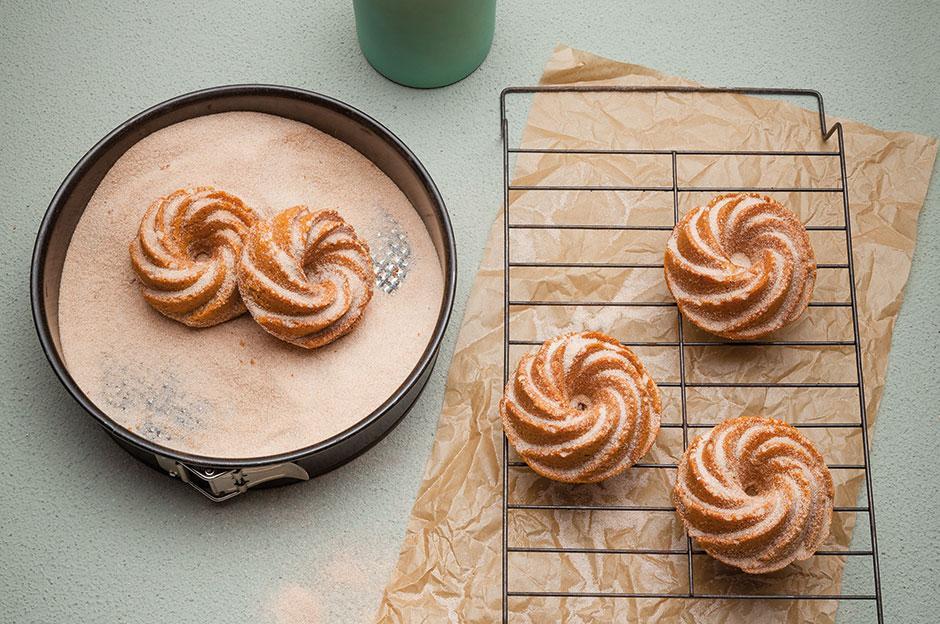 Juzo Cinnamon & Marzipan Mini Cake