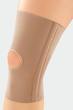 Knee with JuzoFlex Genu 323 with open patella